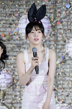 Red Velvet Irene, Seulgi, Coral Pink, Rapper, Snow White, Actresses, Disney Princess, Beautiful, Collection