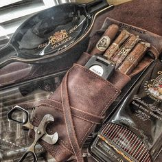 Legendary Saxon leather cigar carrier. Sweet pic from a year and a half ago from @bigswole1982 . Check him out on @foodnetwork 🍖🍤 #madeinusa ⚒ #veteranmade #ruggedluxury #originaldesign #cigar #cigars #nowsmoking #legendarysaxon...