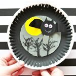 I love a craft that kids get to interact with after creating it This awesome flying Halloween bat craft we recently shared would make a perfect addition to your Halloween party this year together with some fun snacks and nestlepurelifeusa adorable Halloween themed water bottles ad HydrateYourHalloween