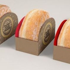 Cajita con corazones troquelados – jallydesign Baking Packaging, Bread Packaging, Honey Packaging, Dessert Packaging, Cookie Packaging, Food Packaging Design, Pub Food, Cafe Food, Care Package Decorating