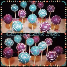 Classic Cake Pops www.chiweescakepops.com