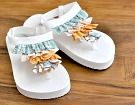 These baby ruffle flip flops are adorable! This link shows you how to make them! #Summer #flipflop #baby