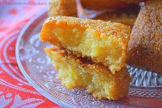 Mbesses au miel / Gâteau de semoule algérien · Aux délices du palais New Years Eve Menu, Recipe Images, Biscotti, Ramadan, Cornbread, French Toast, Chips, Sweets, Breakfast