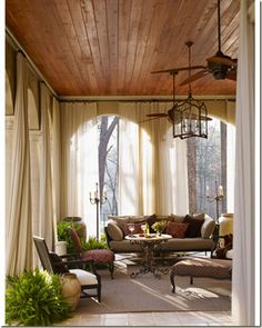 Thus is a wonderful room! Love this terrace + Robert Brown Interior Design + House Beautiful ceiling! Patio Interior, Home Interior, Interior Design, Style At Home, Outdoor Rooms, Outdoor Living, Outdoor Bedroom, Brown Interior, Living Spaces