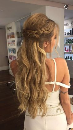 thin hairstyles round face short thin hairstyles 2016 thin hairstyles with layers thin hairstyles hairstyles for wedding long thin hairstyles hairstyles with bangs bob thin hairstyles Long Face Hairstyles, Formal Hairstyles, Pretty Hairstyles, Wedding Hairstyles, Hairstyles Pictures, Bob Hairstyles, Medium Thin Hair, Short Thin Hair, Short Blonde