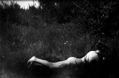 Imogen Cunningham, Self-Portrait 1906 Roi George, Imogen Cunningham, Diane Arbus, Annie Leibovitz, Female Photographers, American Women, Nude, Black And White, Feelings