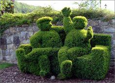 22 Marvelous Grass Sculptures....AMAZING