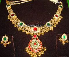 Jewellery Designs: Latest Necklace 70 Gms
