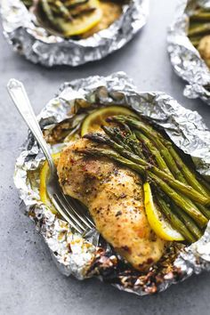 Simple lemon chicken & asparagus foil packs are an easy and incredibly delicious 30-minute meal you can either grill, or bake any time of the year.   I'm feeling a little guilty for holding out on the