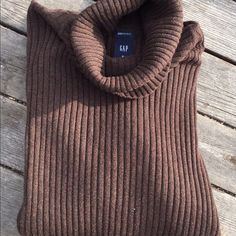 Gap rib-knit sweater Brown turtleneck cable knit sweater. Great condition. Cotton/ spandex blend. GAP Sweaters Cowl & Turtlenecks
