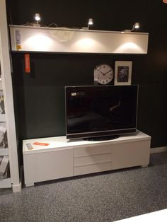 dubizzle abu dhabi entertainment centers ikea 39 besta burs 39 tv bench high gloss white modern. Black Bedroom Furniture Sets. Home Design Ideas