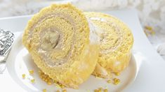 Banánová roláda s maslovým krémom | Recepty.sk Banana Split, Bagel, Doughnut, Tiramisu, Bread, Powdered Sugar, Chocolate Curls, Skinny Recipes, Basket