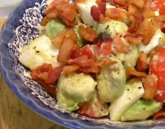 Low Carb:  Bacon, Egg, Avocado & Tomato Salad