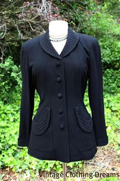 1940'S VINTAGE HOURGLASS JACKET WITH BEADS