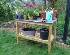 Det ferdige plantebordet Watering Can, Canning, Garden, Outdoor Decor, Plants, Home Decor, Craft, Patio, Garten