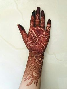 Bridal Mehndi in Chhindwara are so intricate that the details will amaze you. All Types Mehndi in Chhindwara is an essential part of our Indian culture. It plays a vital role in the wedding and other auspicious rituals. Floral Henna Designs, Back Hand Mehndi Designs, Latest Bridal Mehndi Designs, Full Hand Mehndi Designs, Mehndi Designs Book, Mehndi Designs 2018, Modern Mehndi Designs, Mehndi Designs For Beginners, Mehndi Design Photos