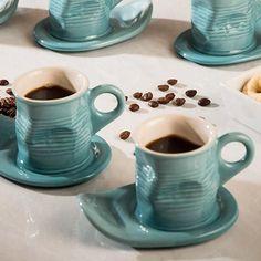 Conjunto de 2 Xícaras de Cafezinho 70ml com Pires Azul - La Cuisine - Americanas.com
