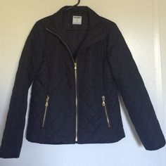 Old Navy jacket for the winter! It is black, in the size medium, has 2 pockets with a zipper for protection. Never been worn. Old Navy Jackets & Coats