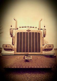 Bad to the bone Peterbilt 389, Bad To The Bone, Big Rig Trucks, Rigs, Jr, Antique Cars, Memories, Accessories, Peterbilt Trucks