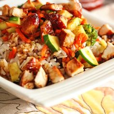This Rumbi Rice Bowls with Rumbi Rice Copycat recipe is one of our favorites! Fresh vegetables and teriyaki chicken over coconut rice. Creamed Peas And Potatoes, Mashed Potatoes, Sees Fudge Recipe, Chicken Long Rice, Crock Pot Vegetables, Fresh Vegetables, Family Meals, Family Recipes, Hummingbird Cake Recipes