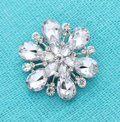 This listing is for a dazzling rhinestone silver brooch wedding jewelry embellishment, which can be used for your DIY project - Vintage wedding
