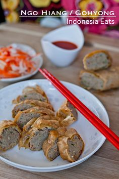 Ngo Hiang - Gohyong Recipe (Chinese Five Spice Roll) - Indonesia Eats Rice Dumplings Recipe, Peranakan Food, Malaysian Curry, Chinese Five Spice Powder, Falafel Recipe, Brown Sauce, Asian Kitchen, Indonesian Cuisine, Big Meals