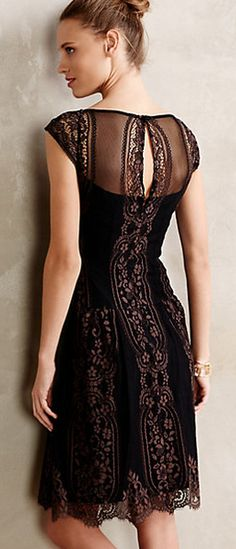 Gorgeous black lace http://rstyle.me/n/s7ybdn2bn