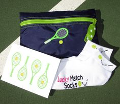 Tennis Gift Set Navy Cosmetic Tennis Bag & by TennisGiftsToGo Tennis Party, Tennis Bag, Tennis Gifts, Sport Tennis, Tennis Clothes, Play Tennis, Match Point, Sculptural Fashion, Goodie Bags