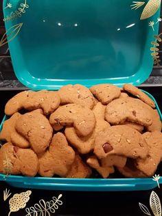 Νηστίσιμα μπισκοτάκια και κουλουράκια με αμύγδαλα - Τραγανά με αρώματα και φοβερή γεύση Food And Drink, Sweets, Cookies, Cake, Desserts, Crack Crackers, Tailgate Desserts, Deserts, Kuchen