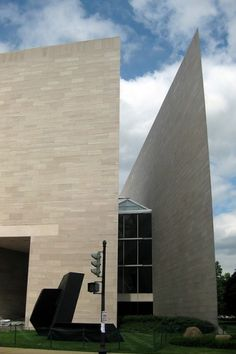AD Classics: East Building, National Gallery of Art / I.M. Pei | ArchDaily