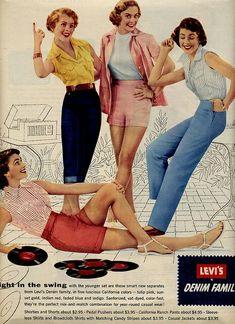 Mode Vintage, Capri Pants, Denim, Fashion, Moda, Capri Trousers, Fashion Styles, Fashion Illustrations, Jeans