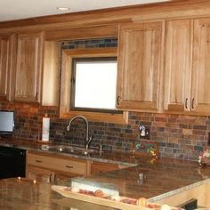 Hickory Kitchen Cabinets on Traditional Kitchen Photos Hickory .