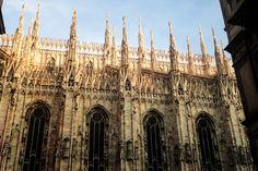 Ervin's world: PART I - MILAN Barcelona Cathedral, Milan, Louvre, World, Building, Travel, Beauty, Viajes, Buildings