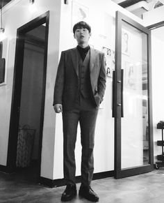 Kim Sang, Korean Actors, Suits, Instagram Posts, Fashion, Moda, Outfits, Fashion Styles, Suit
