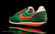 Nike Elite Vintage Court Green / Orange