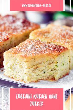 Low Carb & Keto Zucchinikuchen mit nur 1,4g Kohlenhydrate!! Lust auf Kuchen aber nicht wirklich Lust aufwändig zu backen? Das kennt doch jeder und gerade da ist dieser Kuchen perfekt. Denn es ist ein einfacher Rührkuchen vom Blech. Hier ist mein leckerstes Rezept! Low Carb Backen, Angel Food Cake, Banana Bread, Desserts, Gluten Free Cakes, Sheet Metal, Tailgate Desserts, Deserts, Postres