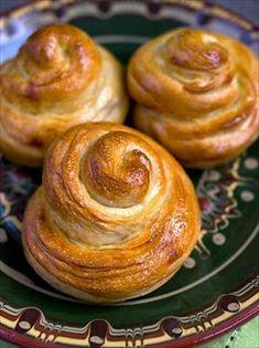 Zobrazit detail - Recept - Jidáše How To Make Bread, Bread Making, Doughnut, Cupcakes, Ale, Tvar, Food, Easter, Detail