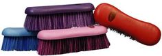 Showman Handle Brush With Stiff Bristles - 24575