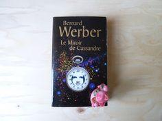La bible de la formation crit par patrick maddalena aux for Bernard werber le miroir de cassandre