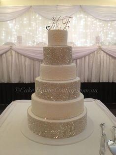 Love this wedding cake.