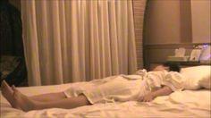 《公式》http://nighthypnosisthera.wix.com/home 《知恵袋》http://chiebukuro.yahoo.co.jp/my/night_therapist 中イキ連続オーガズム(絶頂感)でトラウマ解消 Byの夜の催眠セラピー《女性向け性感》です。  Music: Tranquility by Kevin MacLeod (http://incompetech.com)