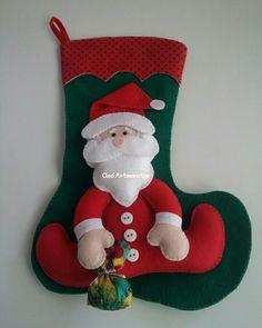 Felt Christmas Decorations, Felt Christmas Ornaments, Christmas Time, Christmas Stockings, Holiday Decor, Santa Crafts, Christmas Crafts, Santa Ho Ho Ho, Felt Tree