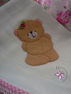Forever Friends   Fralda Decorada para Bebé  Baby Burp Cloth ✽ Sanna Handmade ✽
