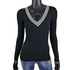 Rib trui met gestreepte v-hals in zwart (en andere kleuren)  20- Online: www.dannyschoice.nl  En in de winkel: #Beverwijk