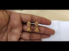 Gold Earrings For Kids, Gold Jewelry Simple, Gold Earrings Designs, Simple Necklace, Gold Designs, Indian Jewellery Design, Indian Jewelry, Jewelry Design, Gold Bangles