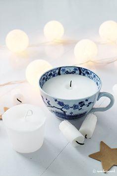 Tips til hjemmelagde julegaver diy stearinlys // Homemade Christmas Gift Ideas diy candle in a cup Christmas Gift List, Easy Diy Christmas Gifts, Christmas Tea, Homemade Candles, Diy Candles, Teacup Candles, Cup Crafts, Diy Weihnachten, Food Gifts