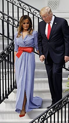 First Lady Melania Trump made an appearance in a Delpozo midi dress on Sunday, August 20 — see more of her most stylish looks here 4th Of July Dresses, 4th Of July Outfits, Fall Outfits, Donald And Melania Trump, First Lady Melania Trump, Donald Trump, Melania Trump Wedding, Melania Trump Model, Melania Trump Dress