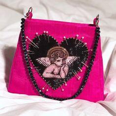 Sac Chérubin en Cerise Aigre - Clio Peppiatt - Cherub Bag in Sour Cherry – Clio Peppiatt Mini Purse, Mini Bag, My Bags, Purses And Bags, Next Bags, Cute Purses, Vogue, Cute Bags, Fashion Bags