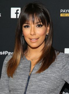 Eva Longoria's ombré hair and choppy bangs were giving us serious hair envy at the premiere of #PaycheckToPaycheck