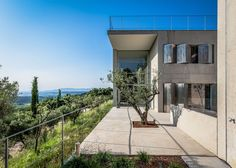 maison d Luberon Provence, South Of France, Luxury Lifestyle, Terrace, Sidewalk, Mansions, House Styles, Photos, Design